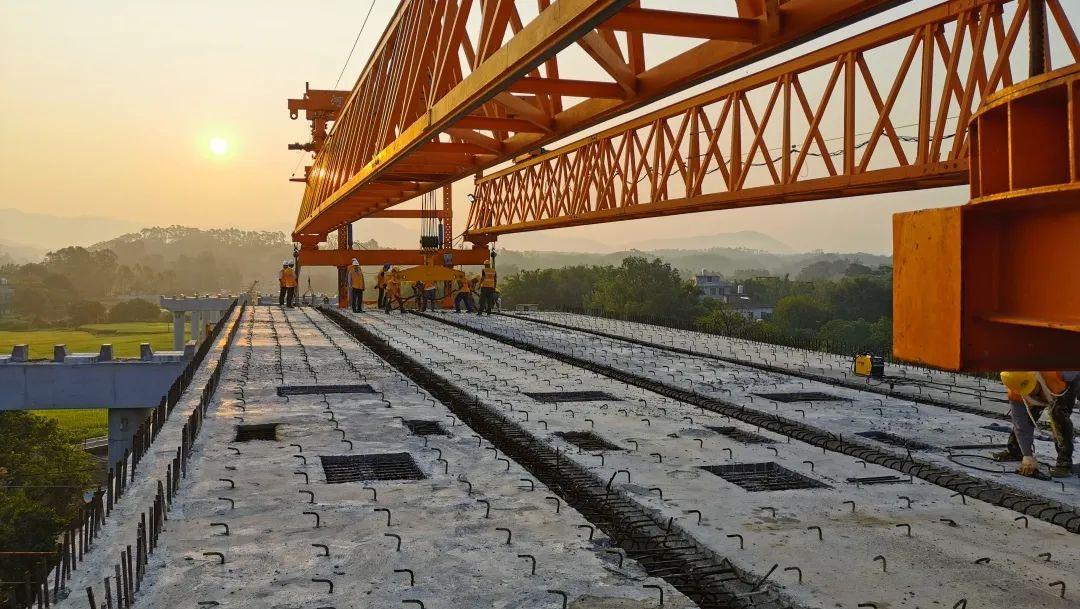 广西将建时速350公里北上高铁,还有一批铁路、高速要开建1138 作者:中新网广西 帖子ID:279363 广西,将建,建时,时速,350,